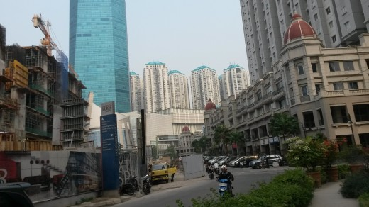 Through Tanjung Duren to the developing Podomoro City complex and Central Park Mall.