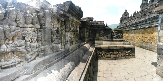 Borobudur pathways 4