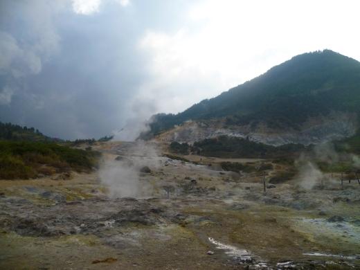 Dieng sulphur mines 5